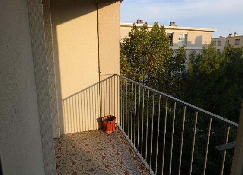 Appartement à louer 54.08m2 à Marseille 9