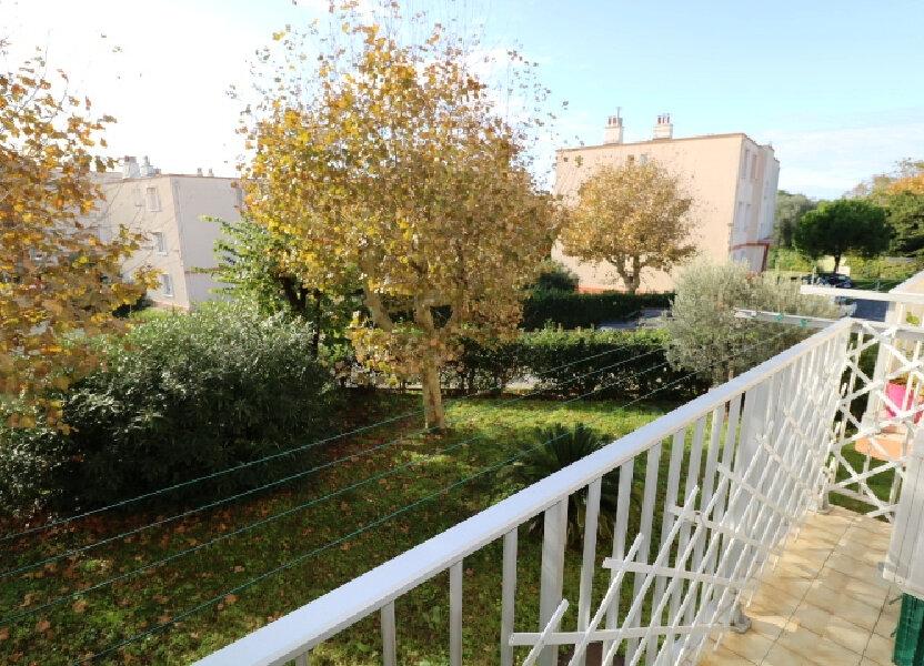 Appartement à louer 53m2 à Marseille 8
