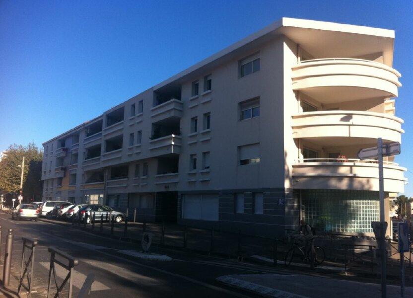 Stationnement à louer 14m2 à Marseille 8