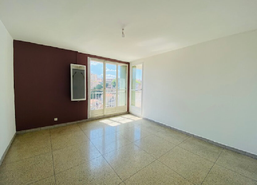 Appartement à louer 58.65m2 à Marseille 3