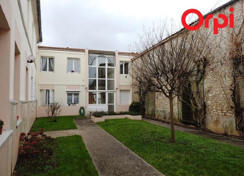 Appartement à louer 66m2 à Saujon