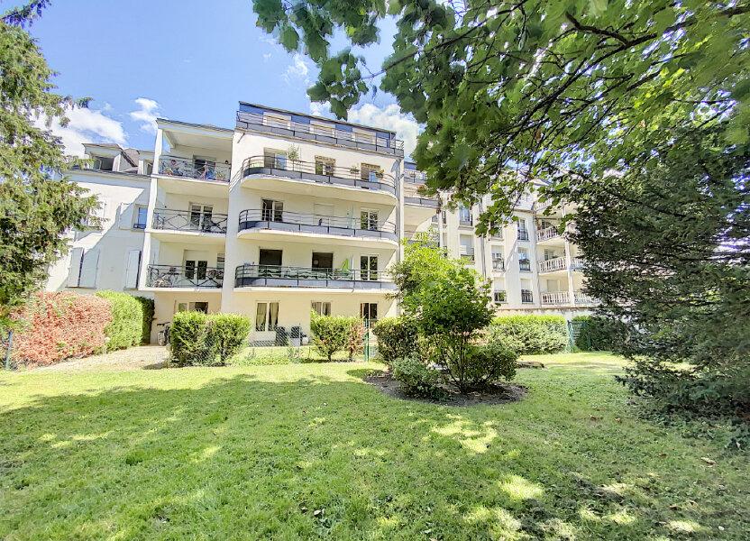 Appartement à louer 60.57m2 à Orléans