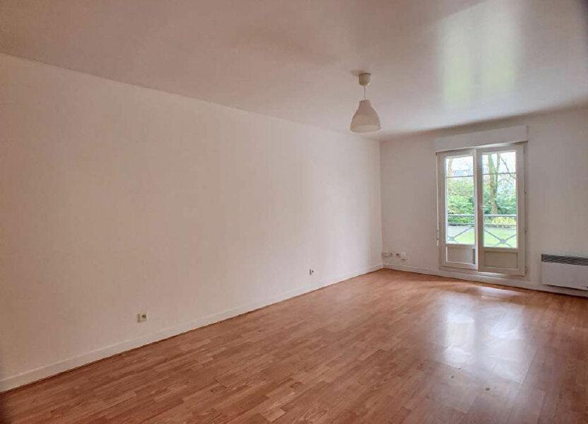Appartement à louer 57.99m2 à Orléans