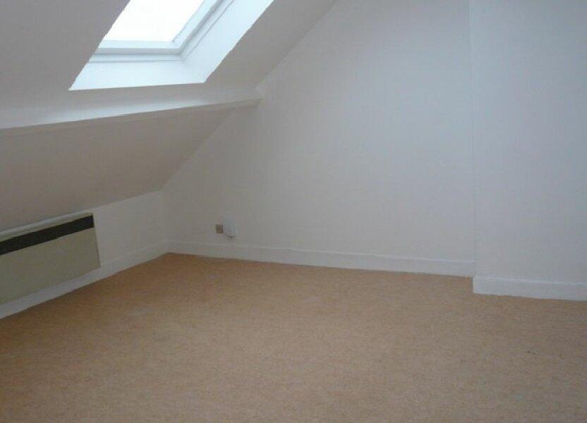 Appartement à louer 17.35m2 à Orléans