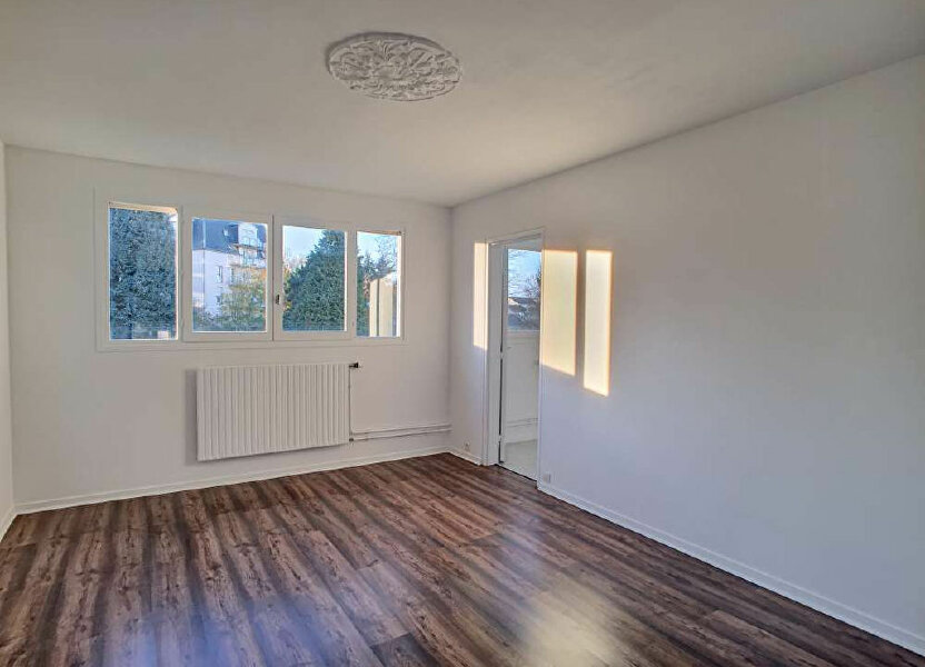 Appartement à louer 50.59m2 à Olivet