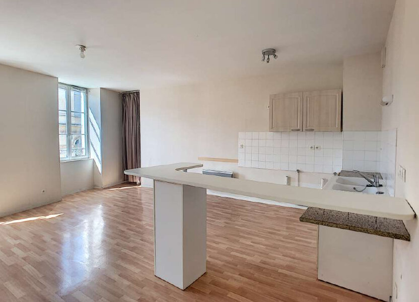 Appartement à louer 92.47m2 à Orléans