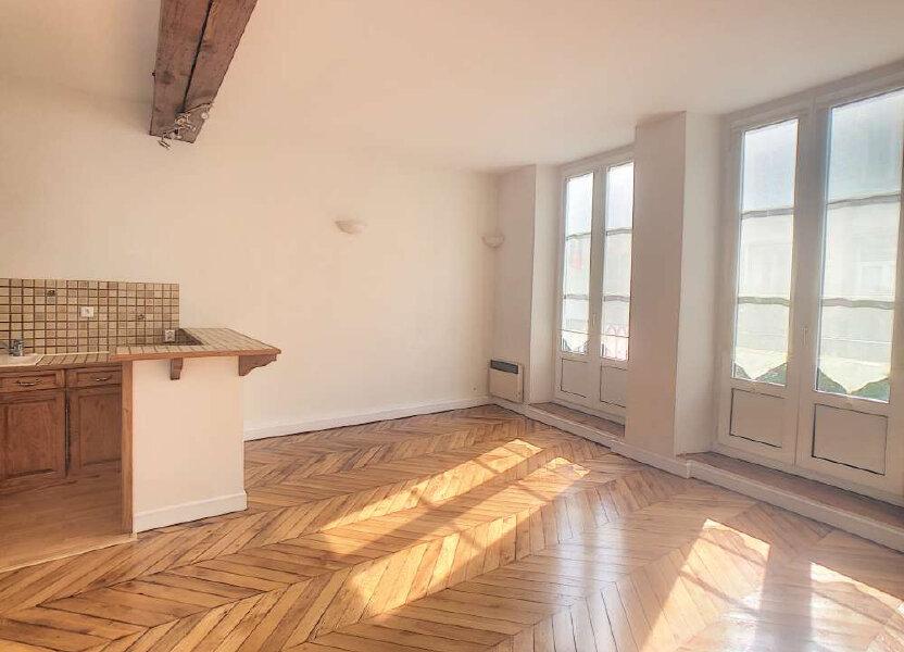 Appartement à louer 53.29m2 à Orléans
