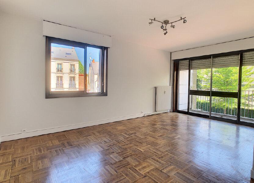 Appartement à louer 66.4m2 à Orléans