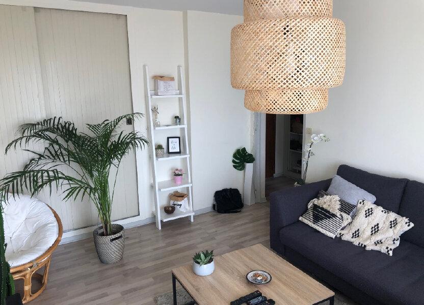 Appartement à louer 46m2 à Saint-Jean-de-la-Ruelle