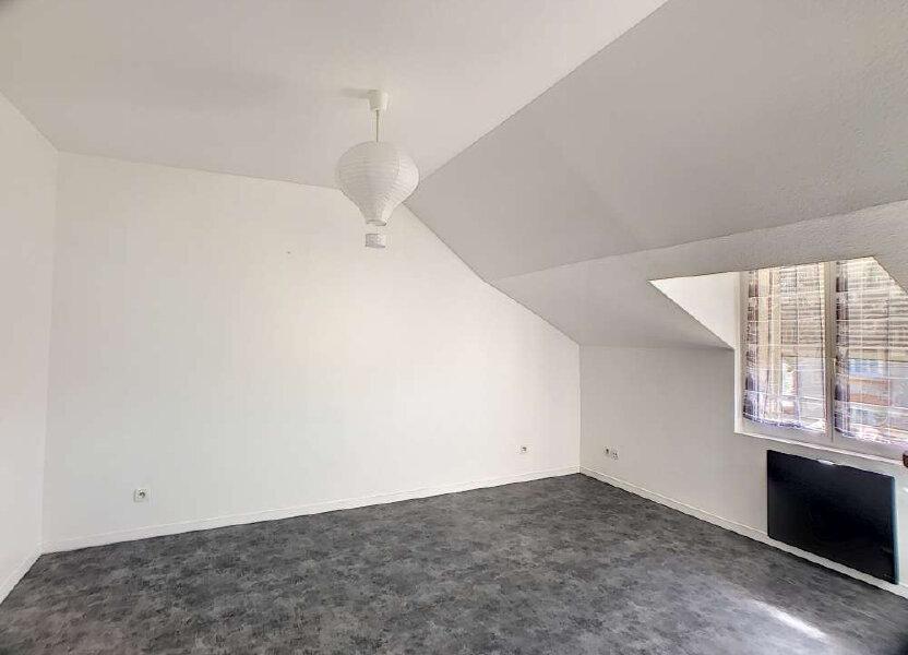 Appartement à louer 26.27m2 à Orléans