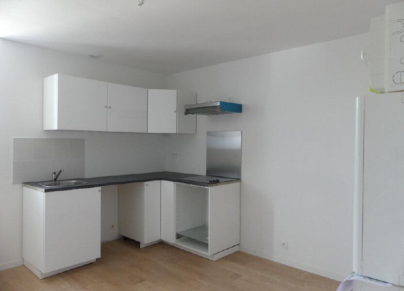 Appartement à louer 32.72m2 à Saint-Just-en-Chaussée