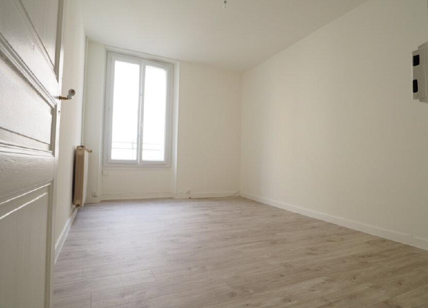 Appartement à louer 60m2 à Aix-les-Bains