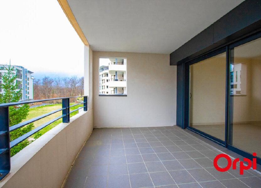 Appartement à vendre 133m2 à Saint-Genis-Pouilly