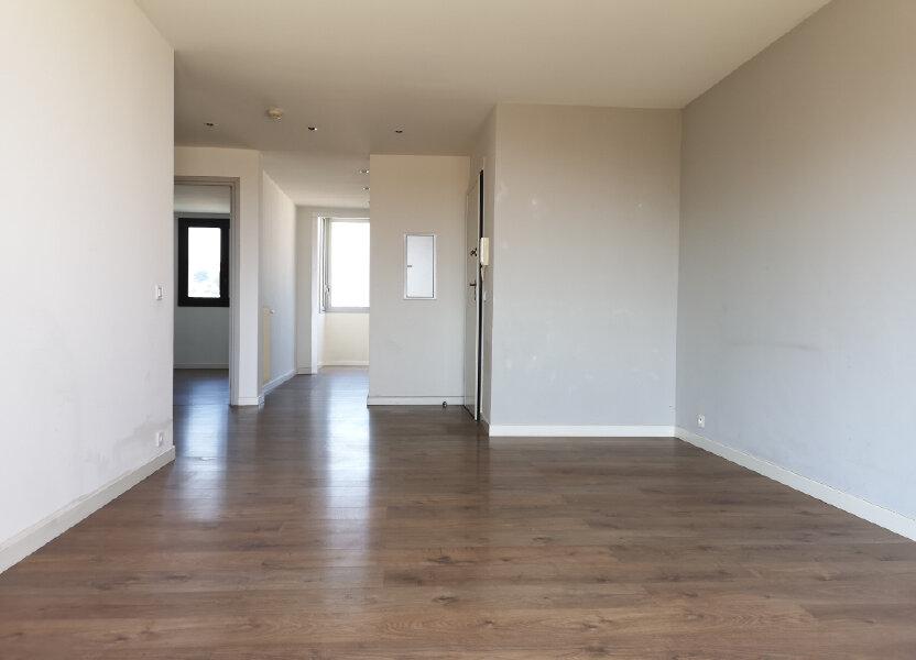 Appartement à louer 61.19m2 à Saint-Laurent-du-Var