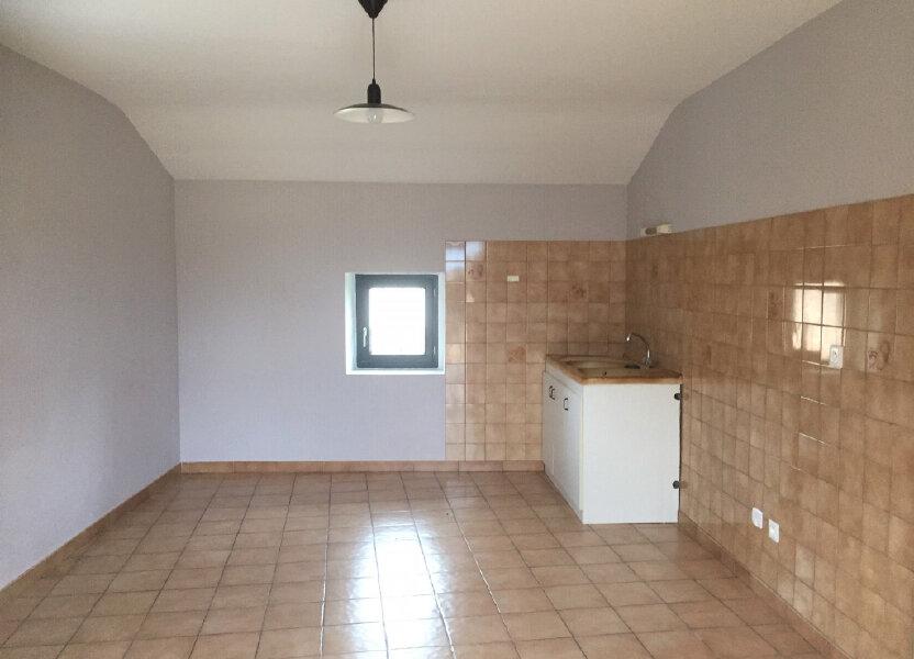 Appartement à louer 72m2 à Vallon-Pont-d'Arc