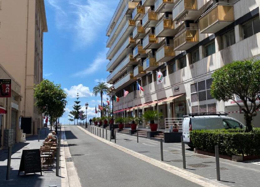 Appartement à louer 27.42m2 à Nice
