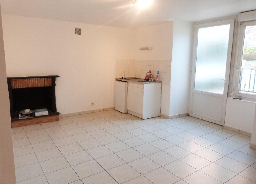 Appartement à louer 37m2 à Saint-Aubin-des-Châteaux