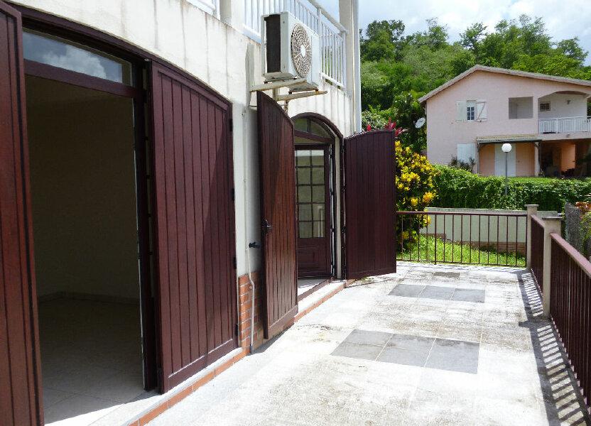 Appartement à louer 127m2 à Les Trois-Îlets