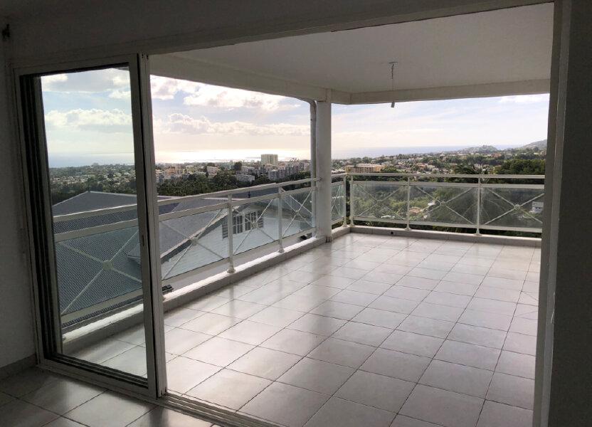 Appartement à vendre 75.9m2 à Fort-de-France