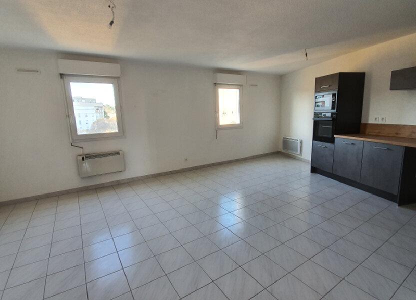 Appartement à louer 51.02m2 à Nîmes