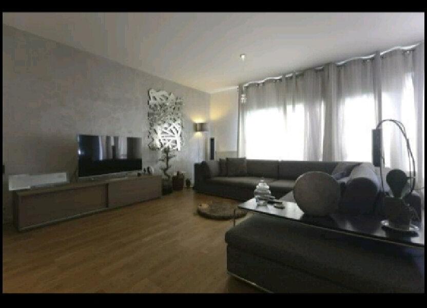 Appartement à louer 70m2 à Saint-Denis