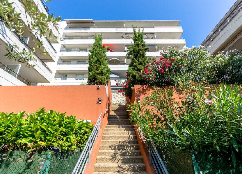 Appartement à louer 91.26m2 à Mandelieu-la-Napoule