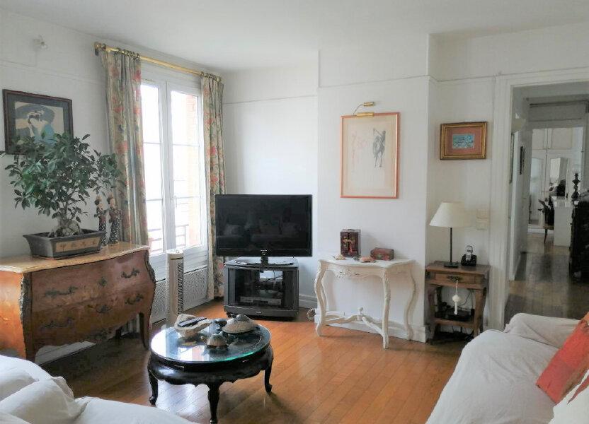 Appartement à vendre 69m2 à Paris 20