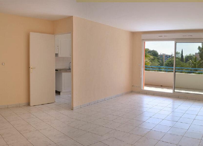 Appartement à louer 58.08m2 à Cannes