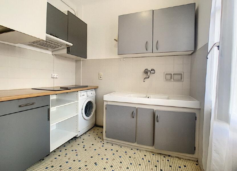 Appartement à louer 27m2 à Le Cannet