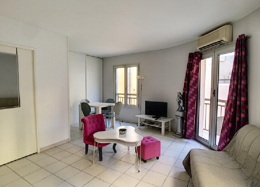 Appartement à louer 27m2 à Cannes