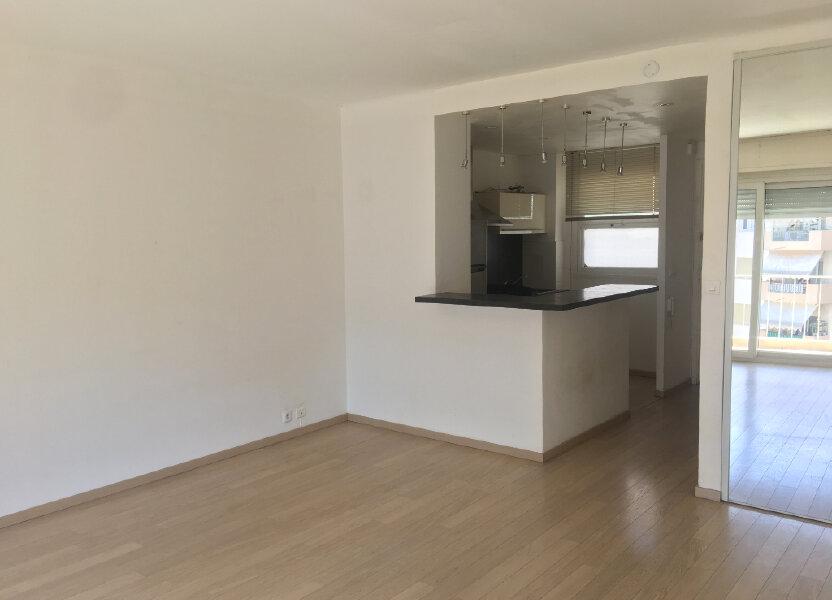 Appartement à louer 32.7m2 à Cannes