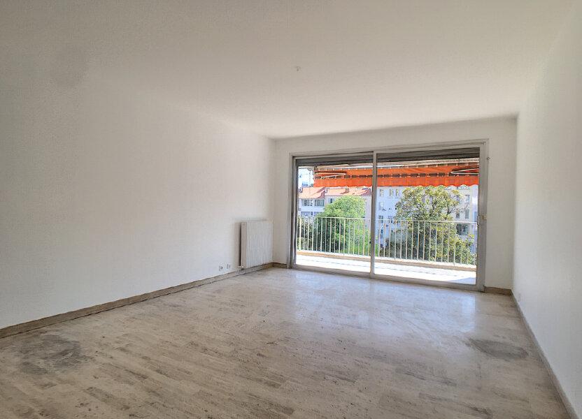 Appartement à louer 67.5m2 à Cannes