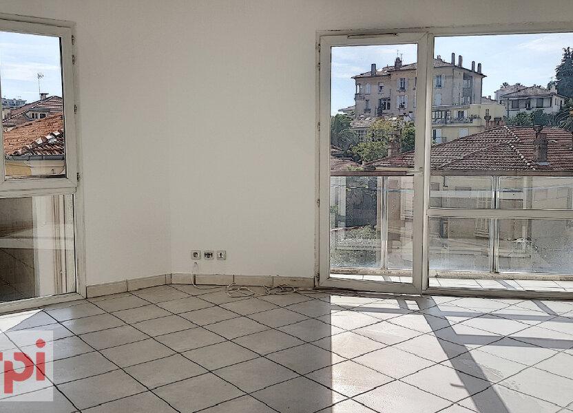 Appartement à louer 41m2 à Cannes