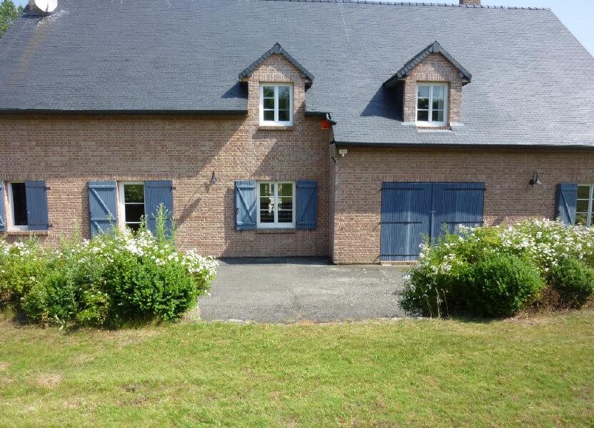 Maison à louer 330m2 à Nouvion-et-Catillon