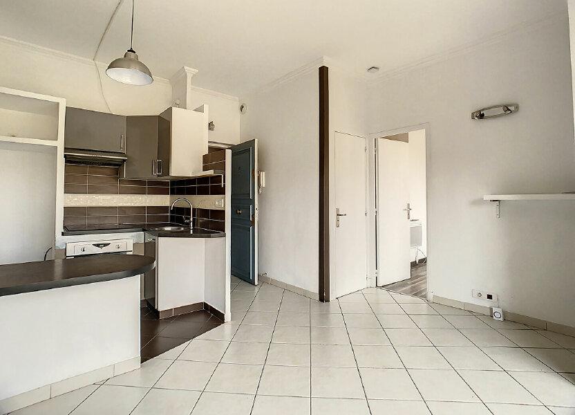 Appartement à louer 29m2 à Cannes
