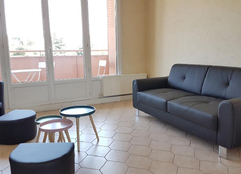 Appartement à louer 66.37m2 à Bron