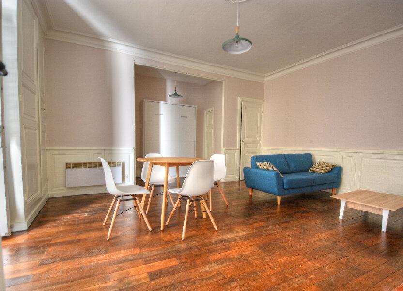 Appartement à louer 47.09m2 à Mâcon