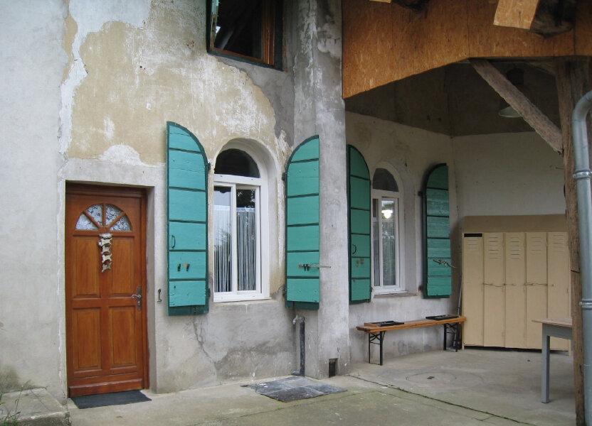 Maison à louer 83.74m2 à Pirajoux