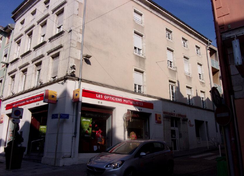 Appartement à louer 51m2 à Oyonnax