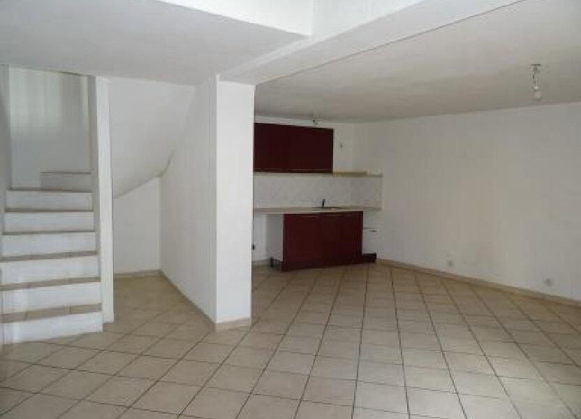 Appartement à louer 95.9m2 à Auriol
