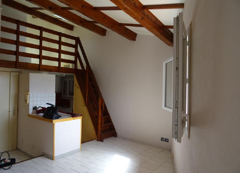 Appartement à louer 24.24m2 à Cassis