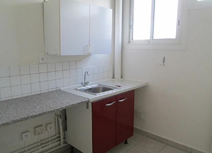 Appartement à louer 65m2 à Marseille 13