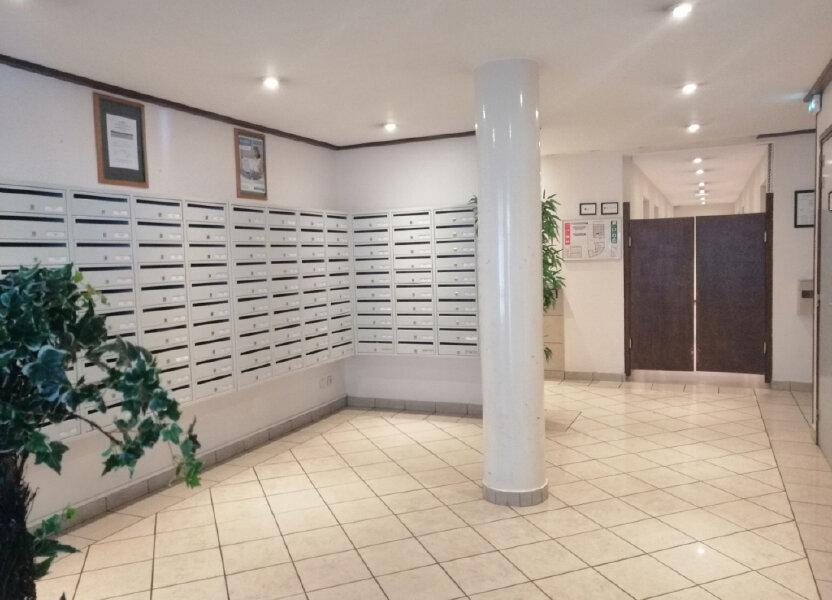 Appartement à louer 19m2 à Saint-Étienne