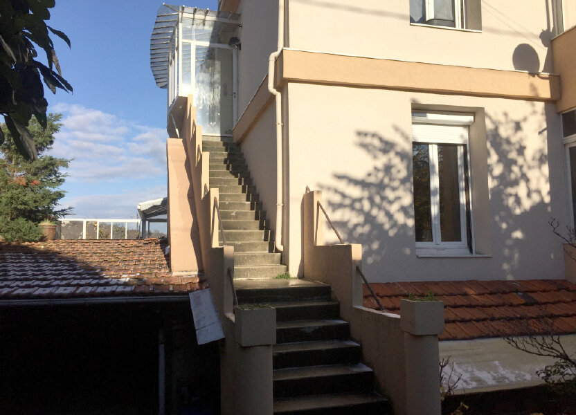 Appartement à louer 67.16m2 à Saint-Étienne
