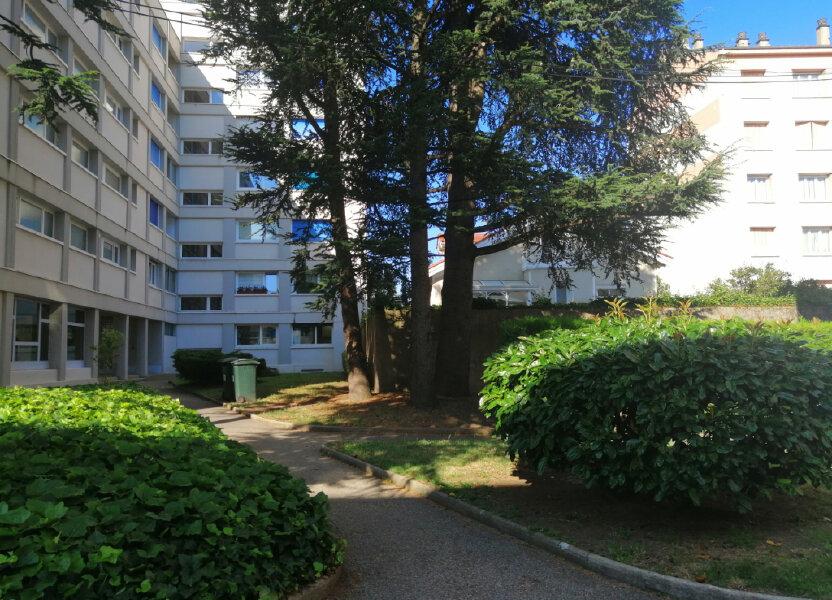 Appartement à louer 38.65m2 à Saint-Étienne