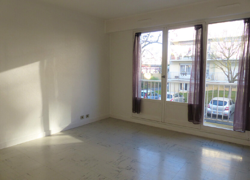 Appartement à louer 43.43m2 à Brétigny-sur-Orge