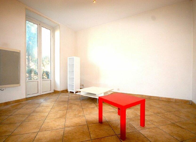 Appartement à louer 62.37m2 à Nice