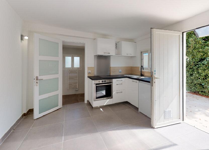 Appartement à louer 22.7m2 à Antibes