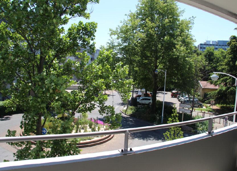 Appartement à vendre 68.92m2 à Vénissieux