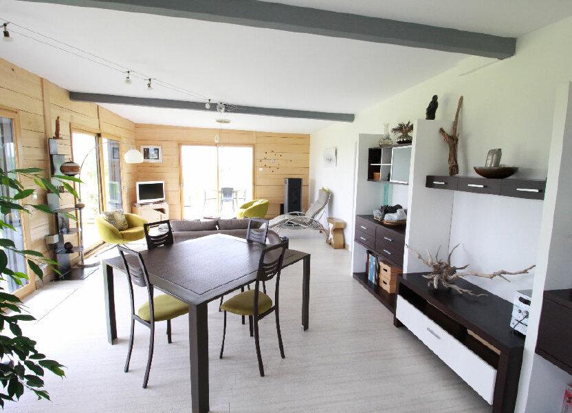 Maison à vendre 107m2 à Saint-Romain-sur-Gironde